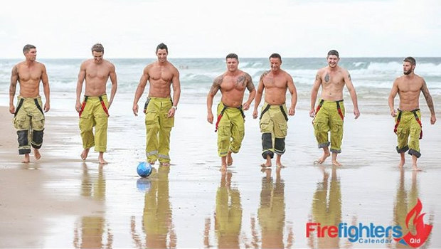 Bombeiros-australianos-posam-para-calendário